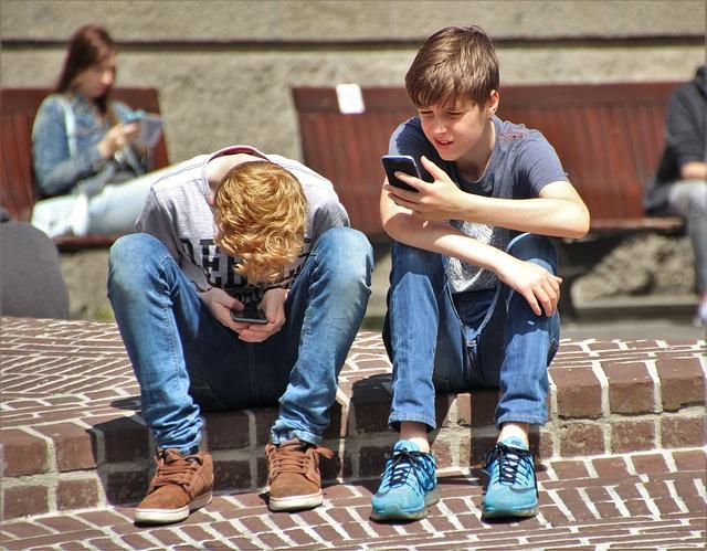 La nomofobia y sus efectos físicos y psicosociales
